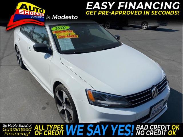 2016-Volkswagen-Jetta-1.jpg