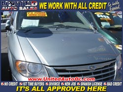 2005 Chrysler Town & Country