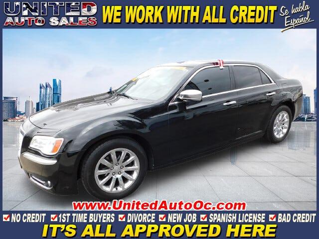 2012-Chrysler-300-1.jpg