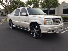 2010-Cadillac-Escalade-1.jpg