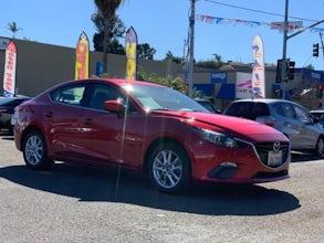 2015-Mazda-Mazda3-1.jpg