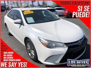 2016-Toyota-Prius c-1.jpg