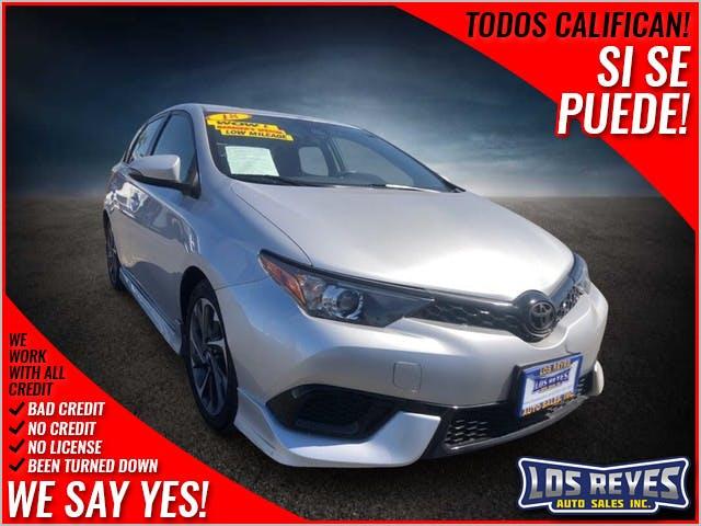 2018-Toyota-Corolla iM-1.jpg