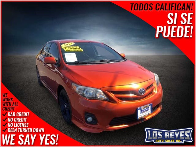 2013-Toyota-Corolla-1.jpg
