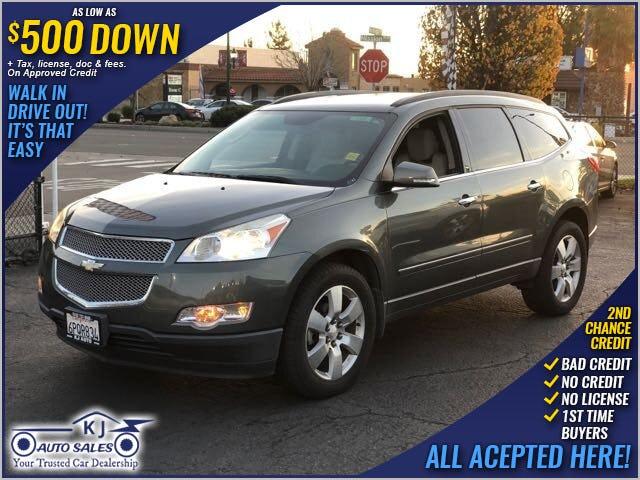 2013-Chevrolet-Traverse-1.jpg