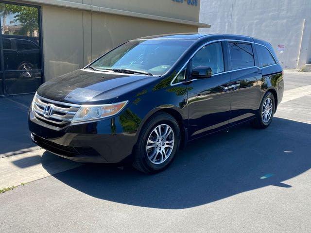 2011-Honda-Odyssey-1.jpg