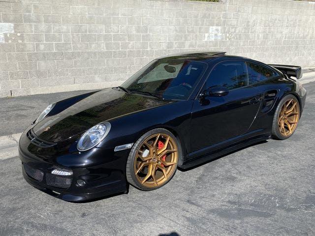 2006-Porsche-911-1.jpg